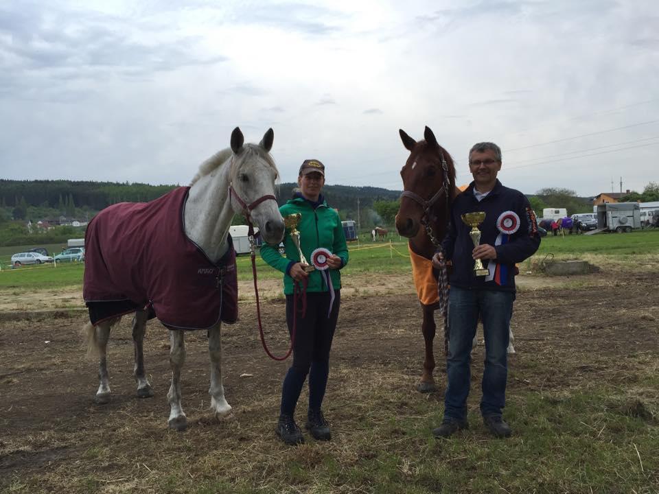 Judith Schillmann mit Lilienfee (Sieg CEI** über 120 km) und Veit Koppe mit Filou Rouge (Sieg CEI* über 80 km)